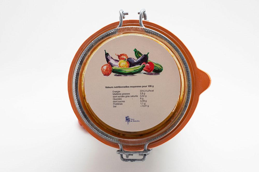 Ratatouille à Servir chaud en accompagnement de viande ou de poisson. À assaisonner selon votre goût.