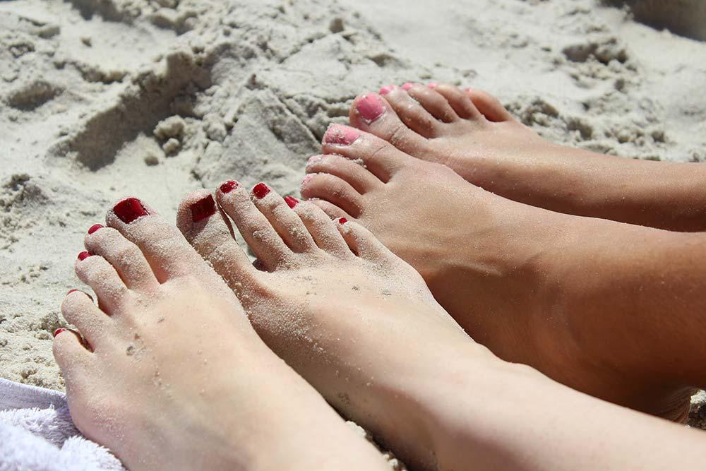 Vernis à ongles - sur les ongles de pieds
