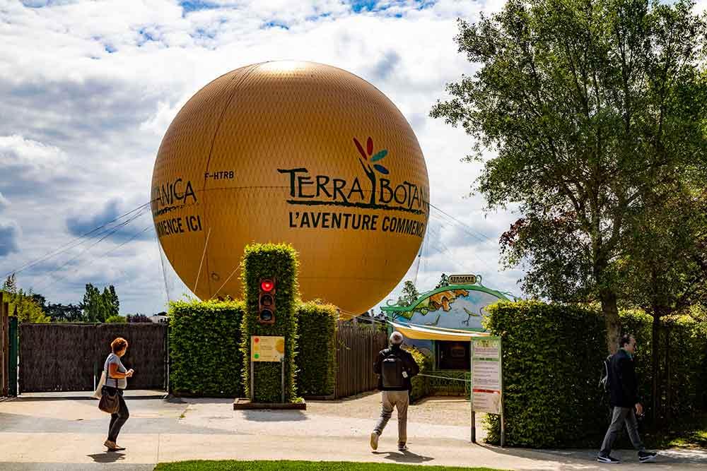 On peut s'envoler dans le plus gros ballon à gaz du monde jusqu'à 150 m