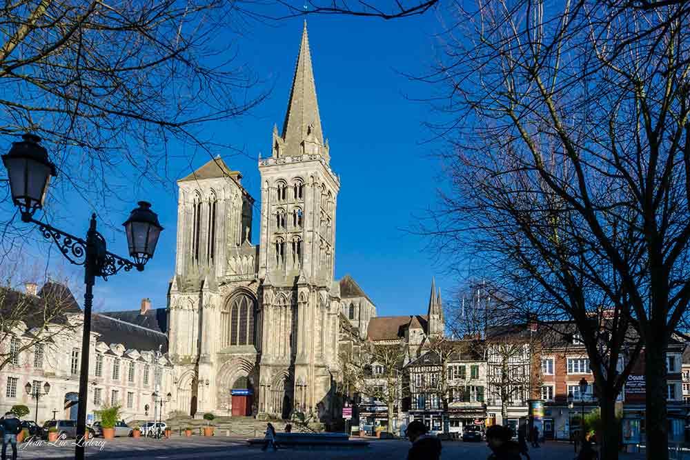 Villes Sanctuaires - Cathédrale de Lisieux