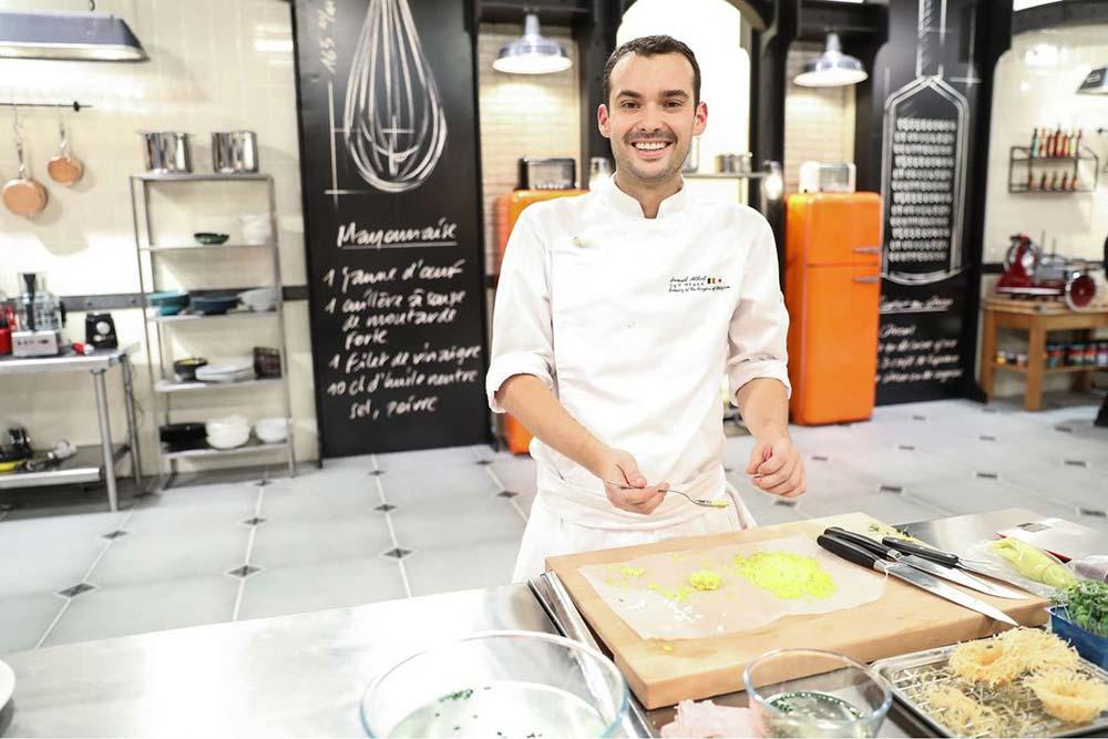 """Le gagnant de Top Chef, Samuel Albert a ouvert «Les Petits Près"""" en novembre dernier (Photo Marie Etchegoyen – M6)."""
