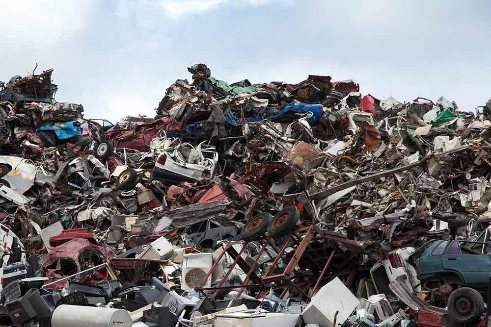 Recyclage - des immondices qui s'empilent.