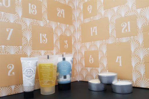Durance : un calendrier de l'Avent 2 en 1 mixant cosmétiques et… bougies