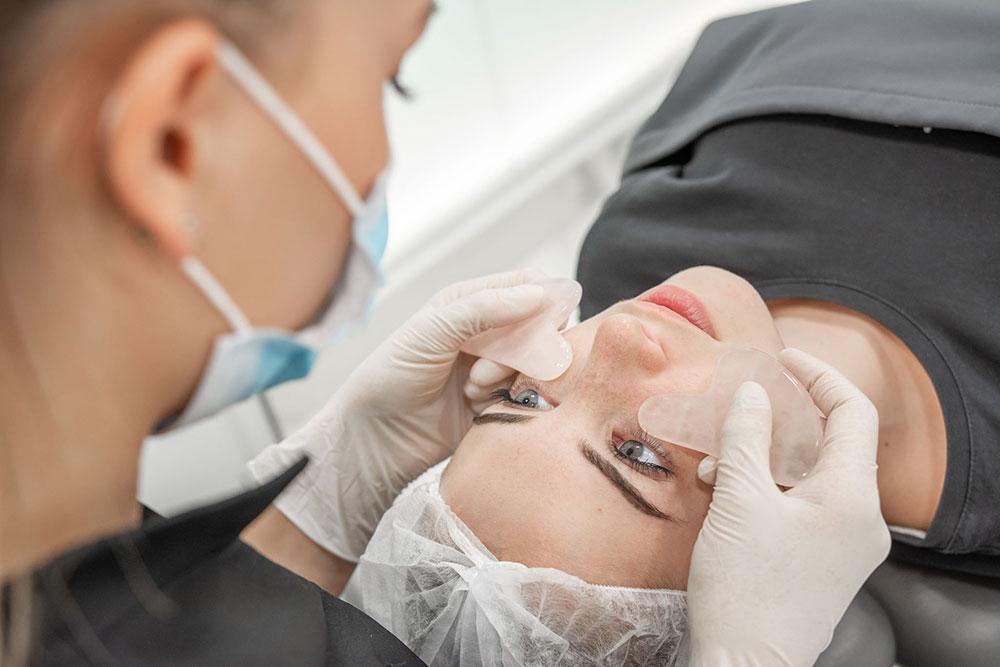 Le soin signature : patch sous les yeux