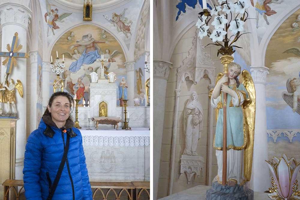 Notre guide Sophie Blanchin devant le chœur de Notre-Dame-des-Vertus et statue d'ange