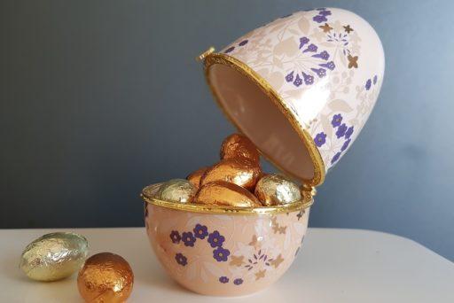 Comtesse du Barry : des œufs en porcelaine pour Pâques