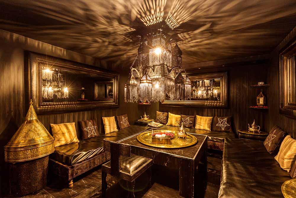 Le salon d'attente du SPA La Sultane de Saba de Vincennes