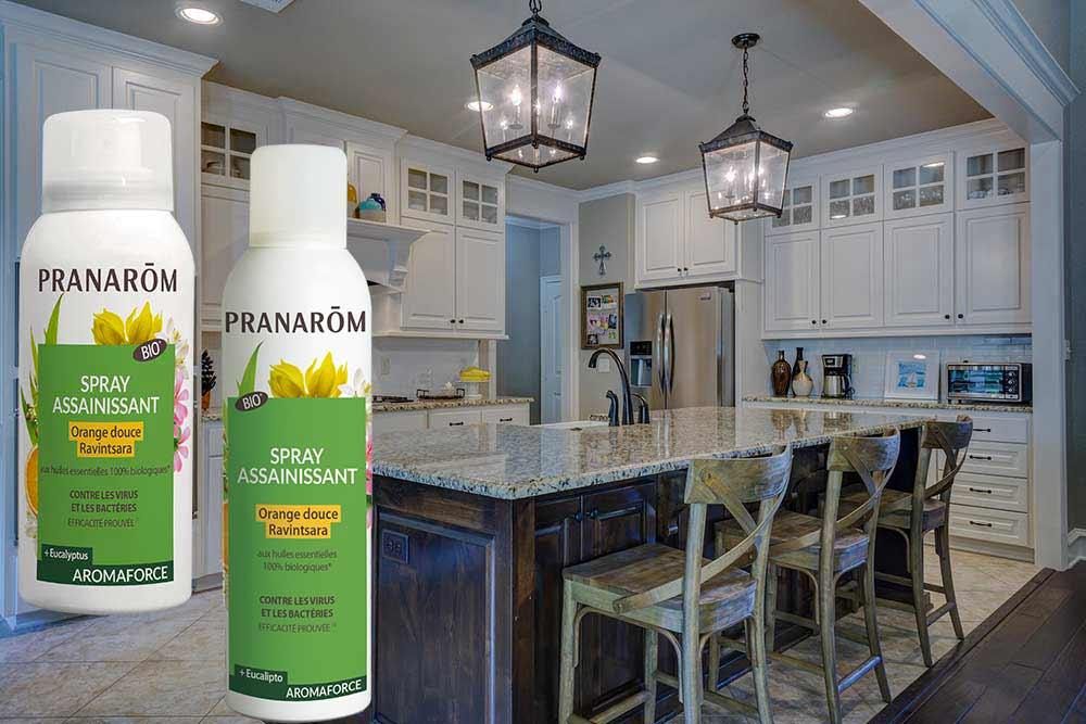 Assainir la maison grâce aux sprays assainissants Pranarôm dans les différentes pièces de vie