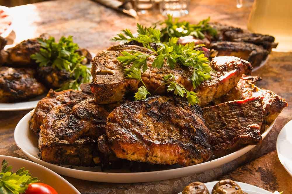 Bien cuire la viande pour éviter les parasites