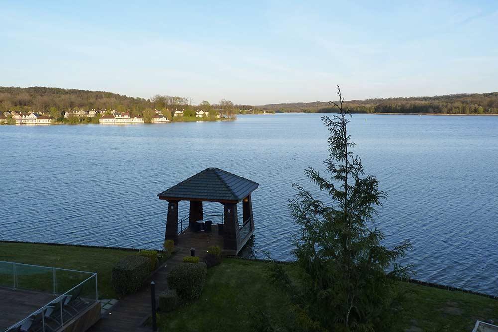 Le lac de l'Ailette, lumière du matin (depuis l'hôtel du Golf)