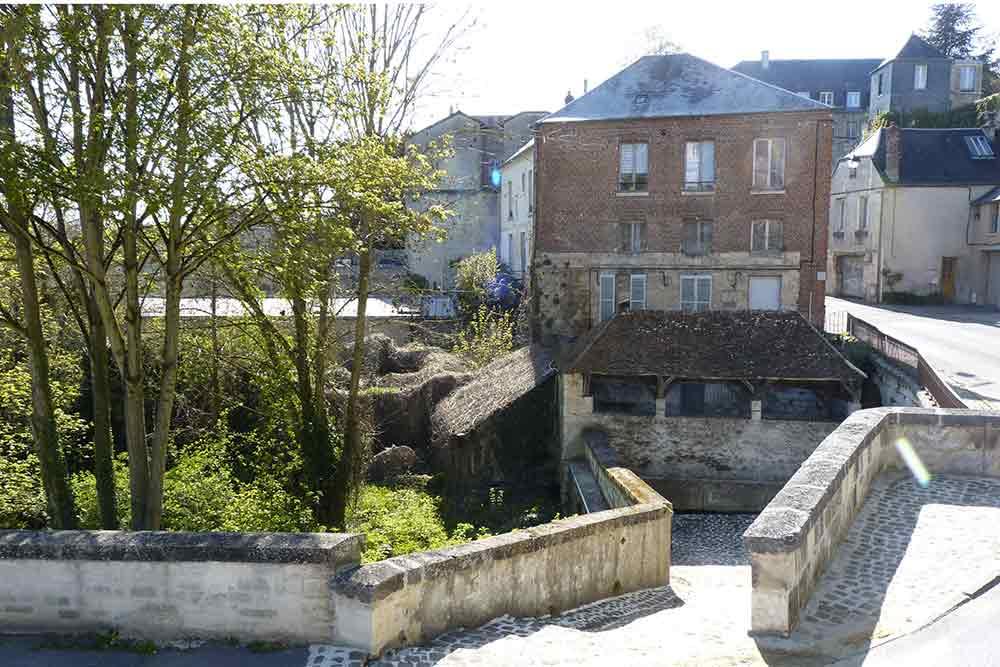 Laonnois - Vieux lavoir