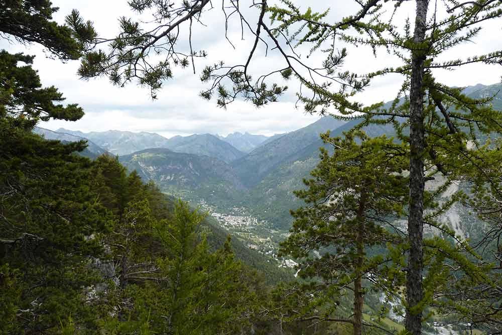Isola - la vue sur la vallée est splendide...