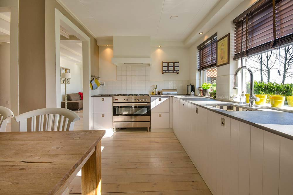 Les cuisines sont également concernées par l'humidité suite à une mauvaise ventilation.