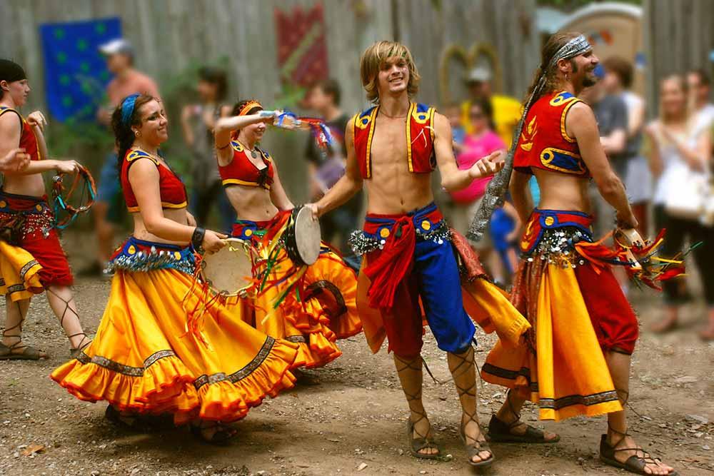 Des gitans qui dansent