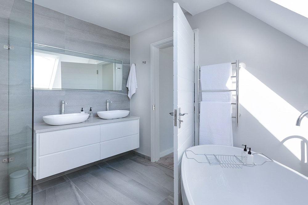 Les salles de bain sont propices à l'humidité à cause d'une mauvaise ventilation.
