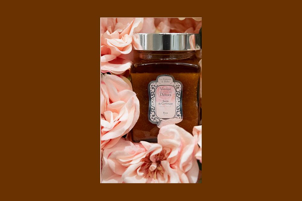 Sucre de gommage Rose de la Sultane de Saba gamme Flower Power