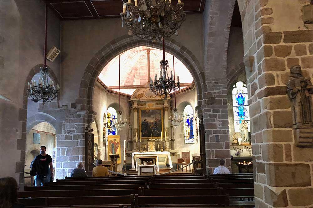 Intérieur de l'Eglise St Pierre