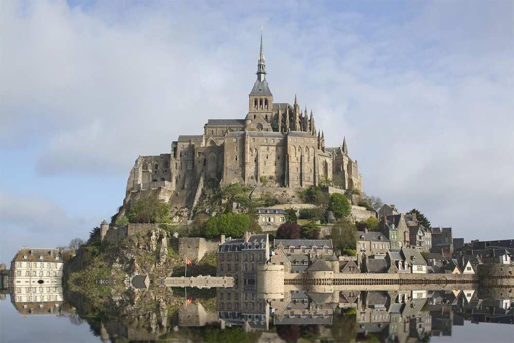 Le Mont-Saint-Michel à marée haute