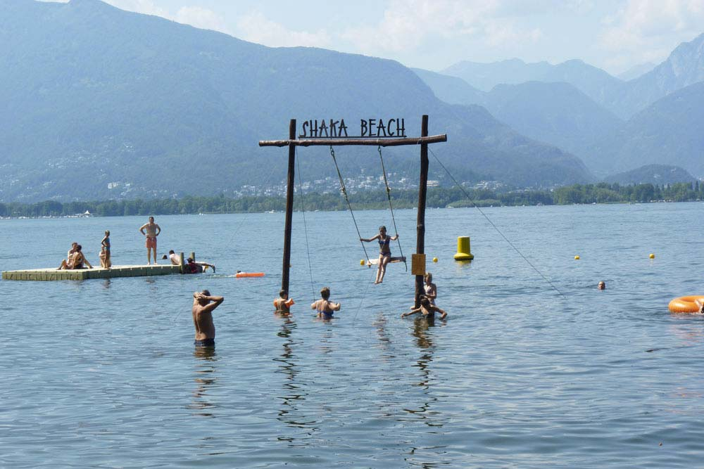Suisse - Shaka beach et sa balançoire