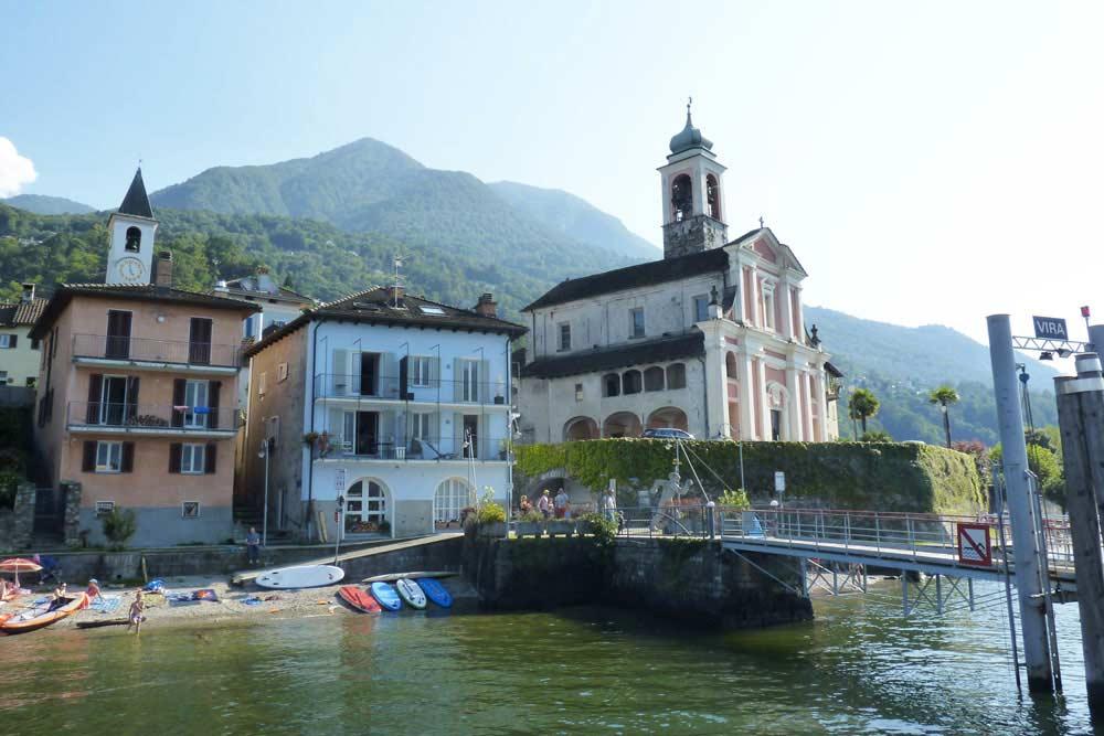 Suisse - Le village de Vira Gambarogno