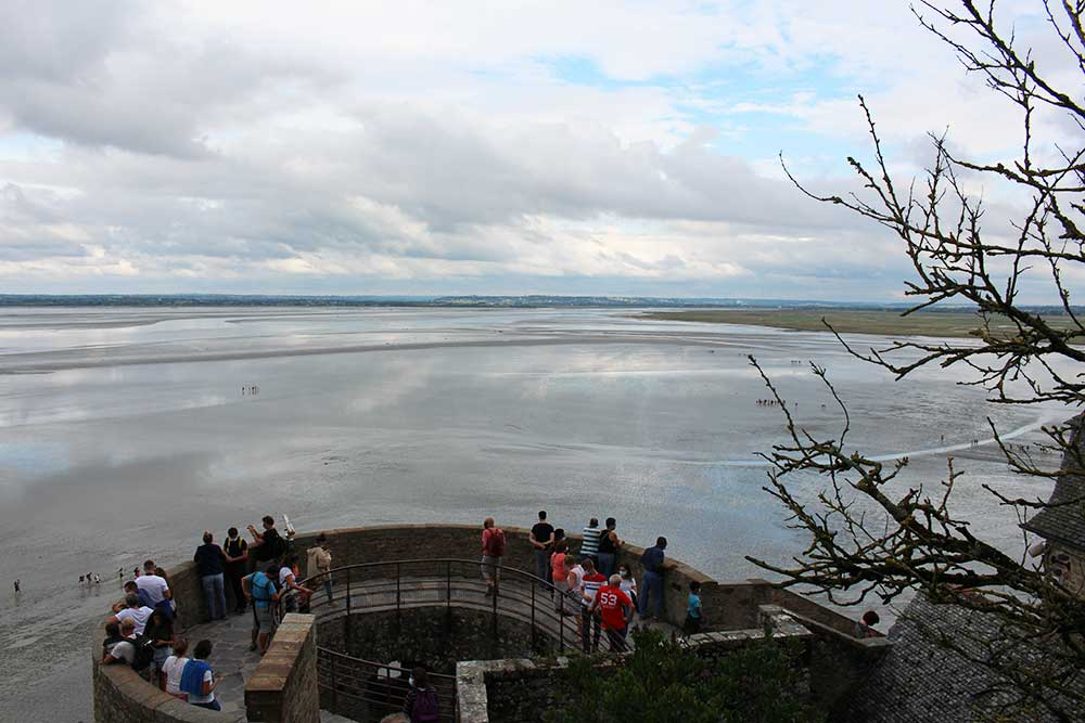 Des remparts, la vue sur la baie est splendide.