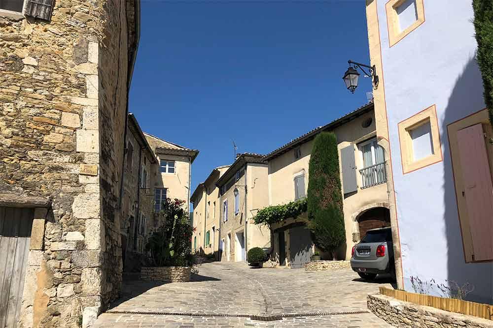 Dieulefit - Une jolie rue dans la vieille ville